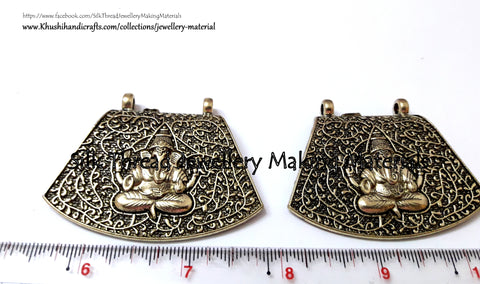 Antique Gold Ganesha Pendant.Sold per piece!P030