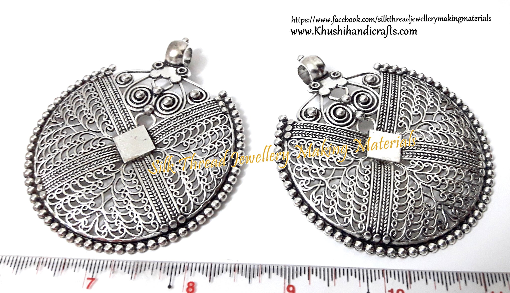 Antique Silver Filigree pendant