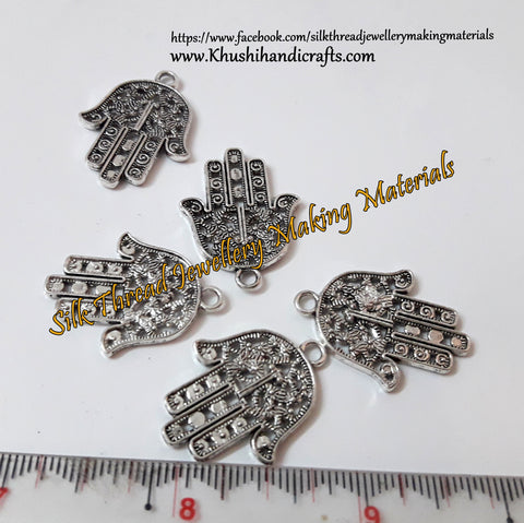 Hand Charms.Sold per piece.SP13-1