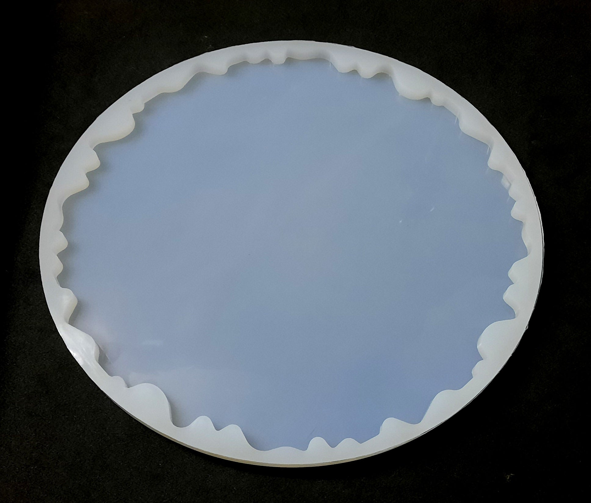 Irregular tray plate mold