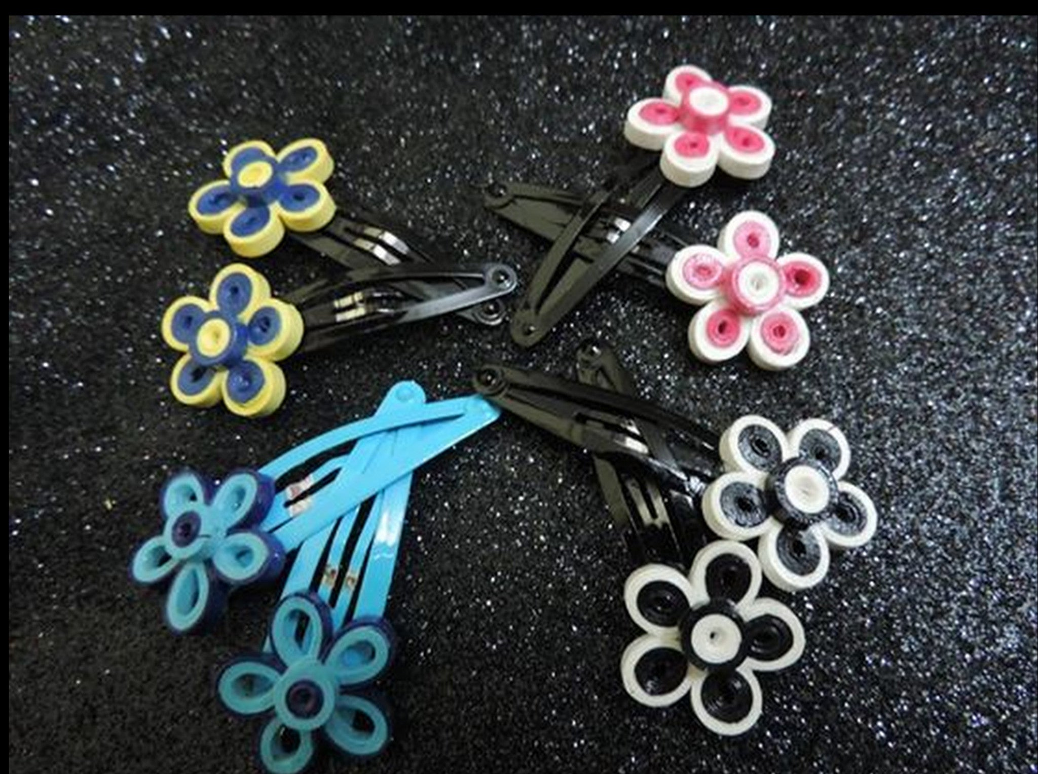 Flower Hairclips - Khushi Handmade Jewellery