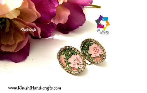 Rose studs with Stone lining