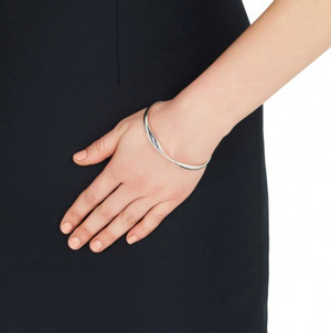 Silver Oval Twisted Bangle. - Gemma Stone  ABN:51 621 127 866