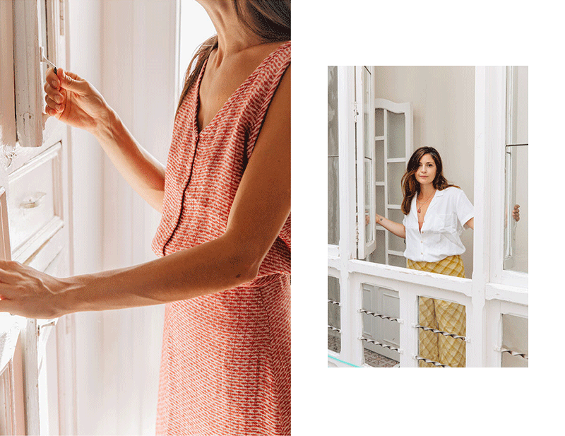 Mery and Mili wearing Sunad at home.