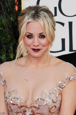Kaley Cuoco Golden Globes Beauty Look