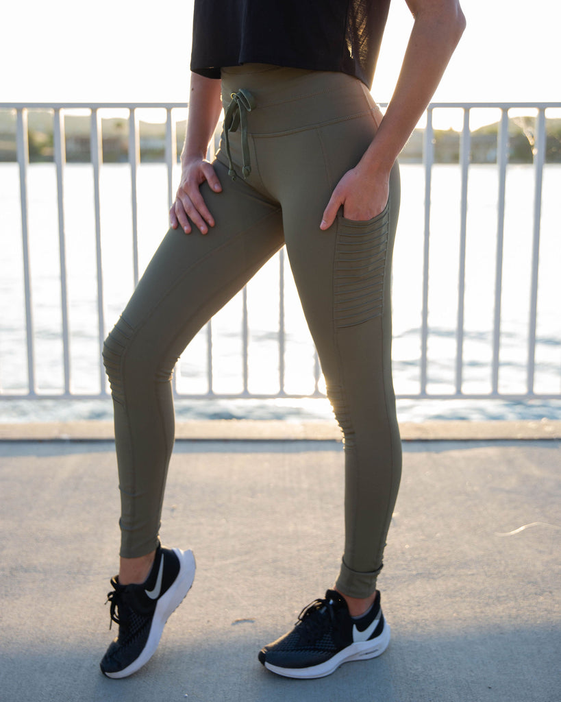 MOTO LEGGING in DUSTY OLIVE