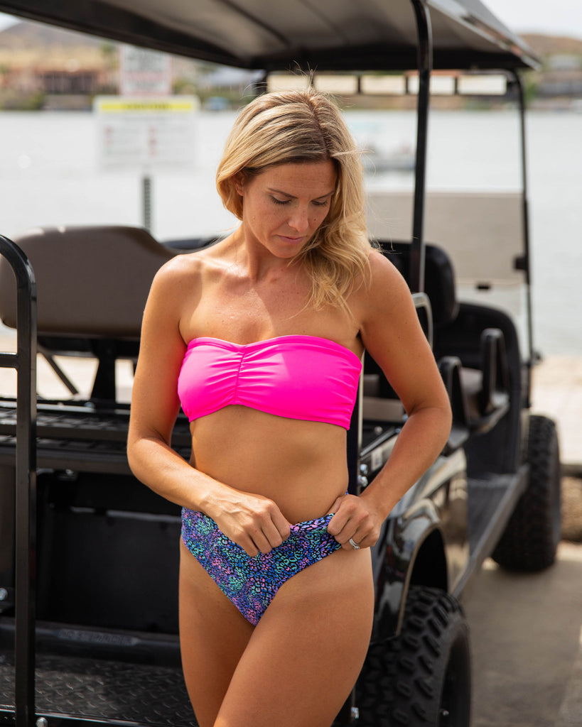 BANDEAU TOP in Neon Pink