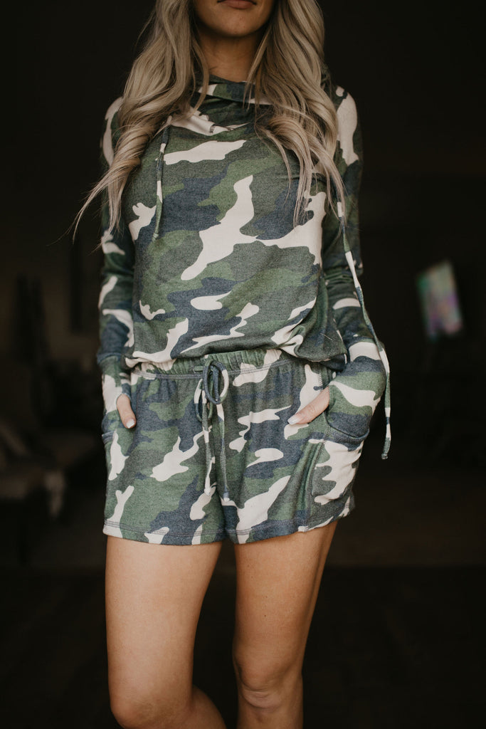 Lounge Shorts in Camo