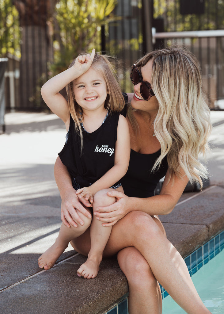 little honey tank in black