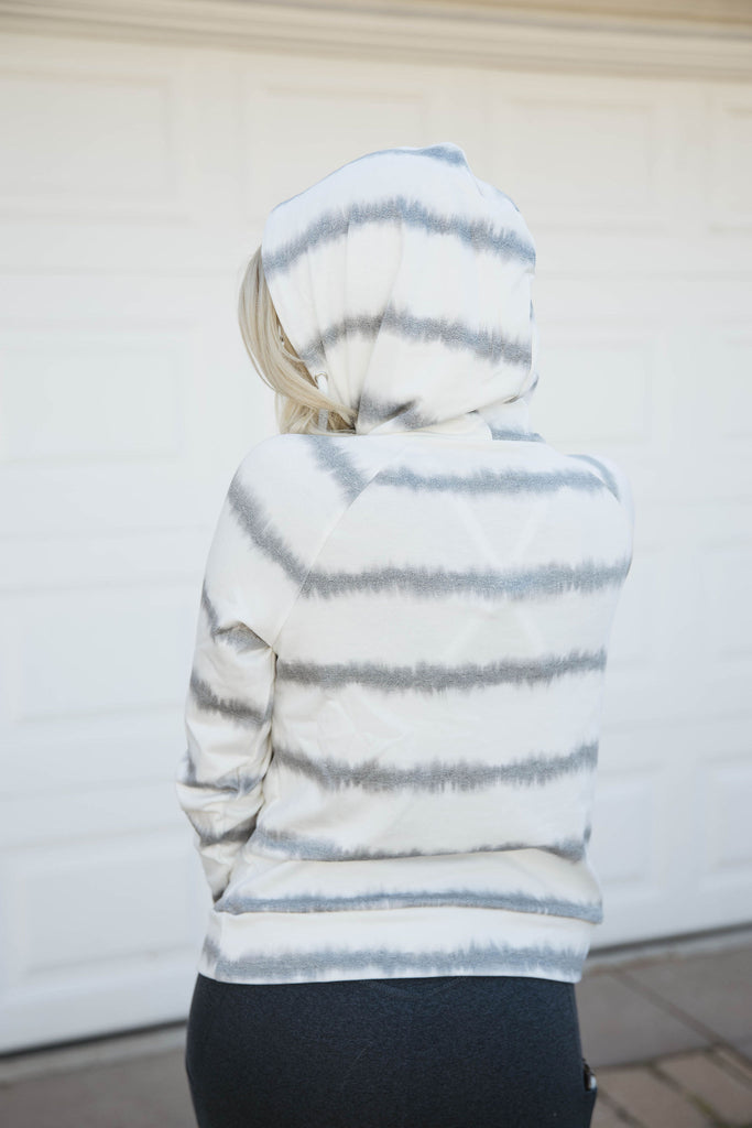 Lounge Pullover in STATIC