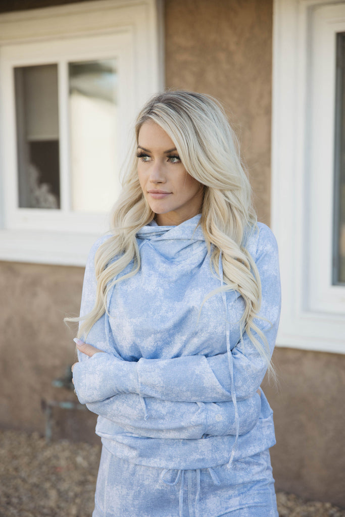 Lounge Pullover in CLOUD 9