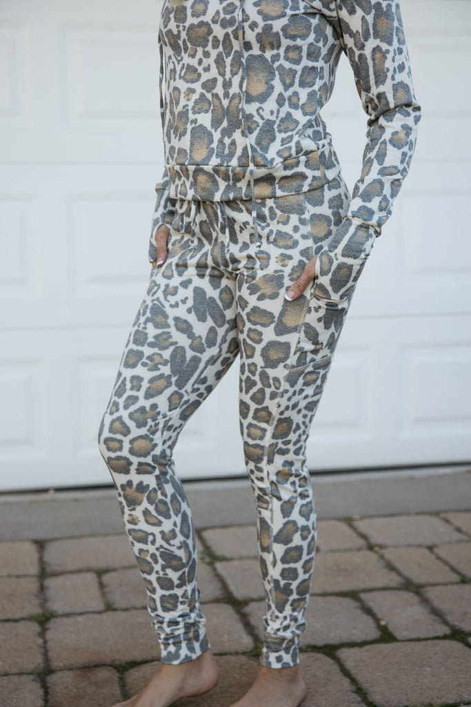 Lounge Jogger in Leopard