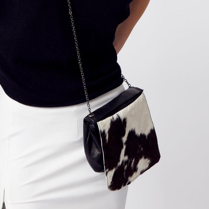 Odelia Chain Strap Leather Pouch Bag-Bag-Elaine Kim-Elaine Kim Studio-travel wardrobe-office casual-independent designer