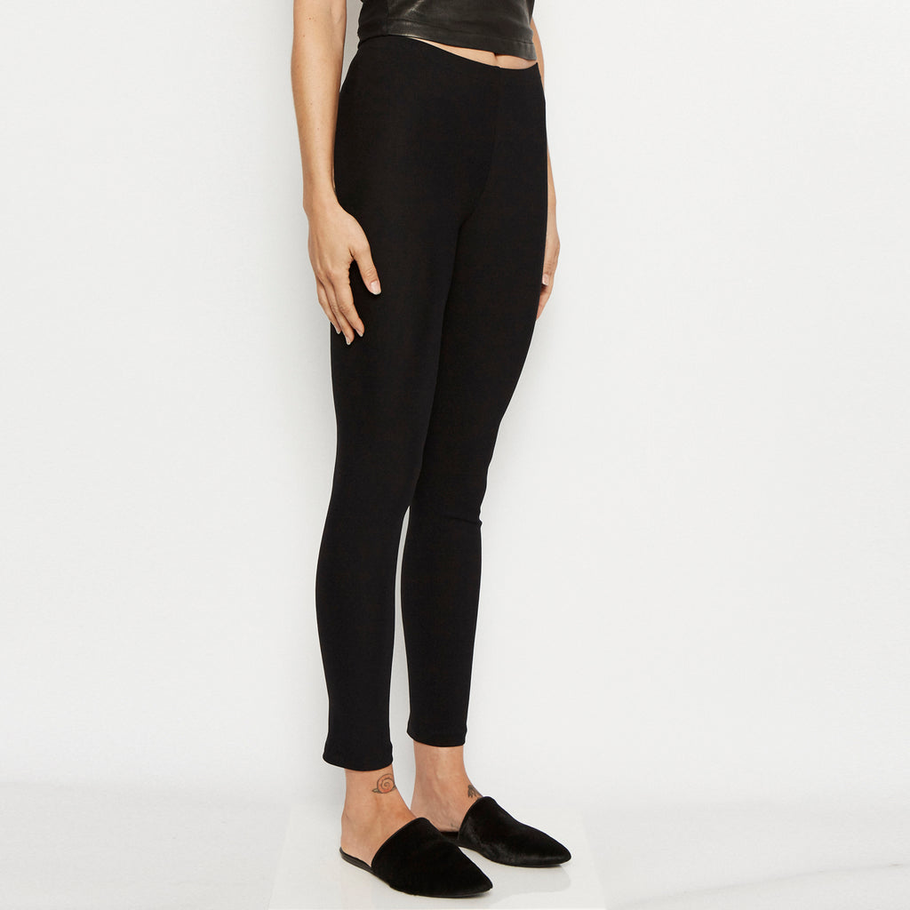 Quital Tech Stretch Leggings w/ Ankle Studs