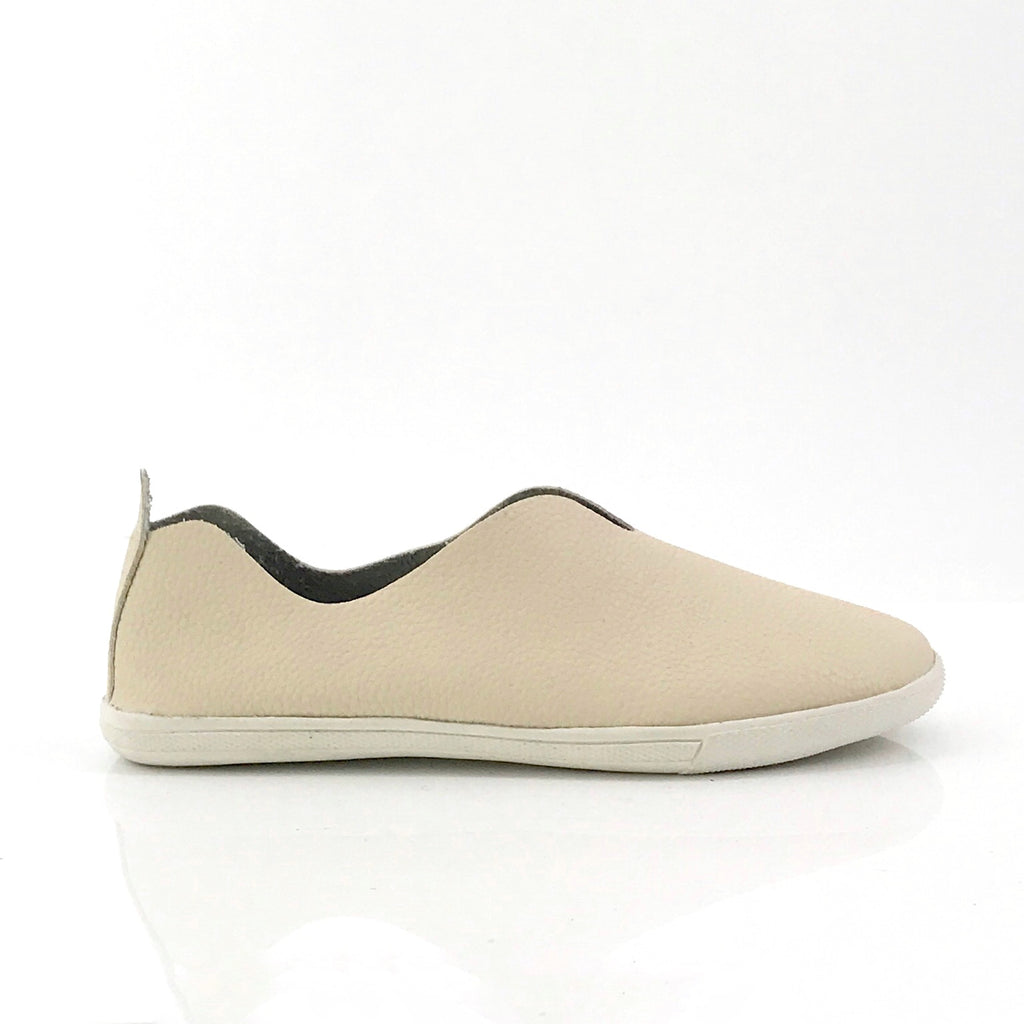 Peri Cut Out Leather Slip-On Sneakers