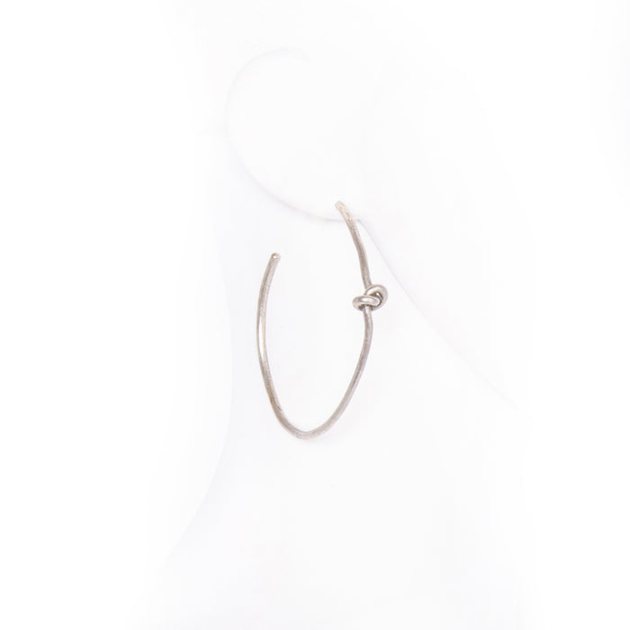 Large Hoop Earring with Knot - silver / os