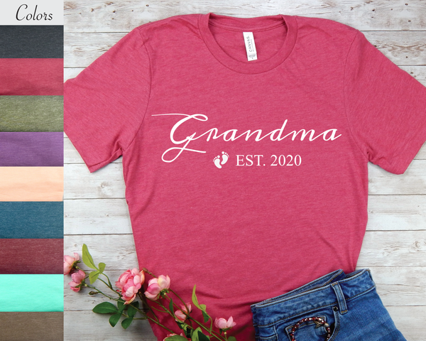 T-Shirt for New Grandma - Grandma EST 2020 - First time Grandma Gifts