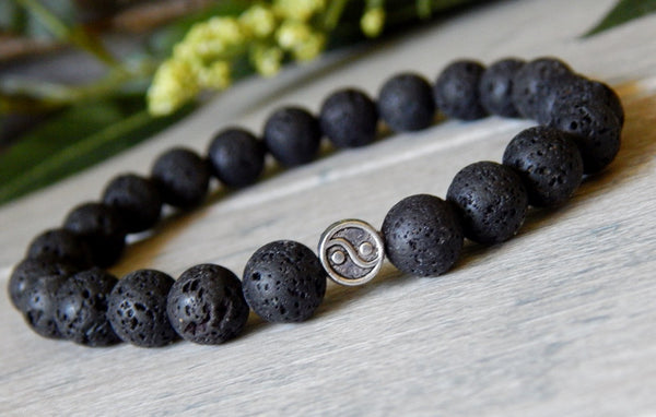 mens yin yang beaded gemstone black bracelet