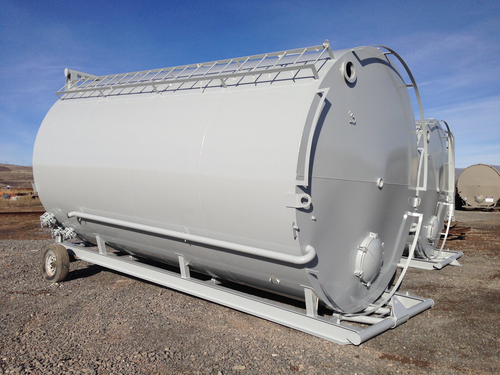 400BBL Skidded Tanks