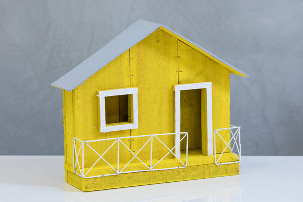 "11"" Lighted Wooden Jibaro House - Yellow"