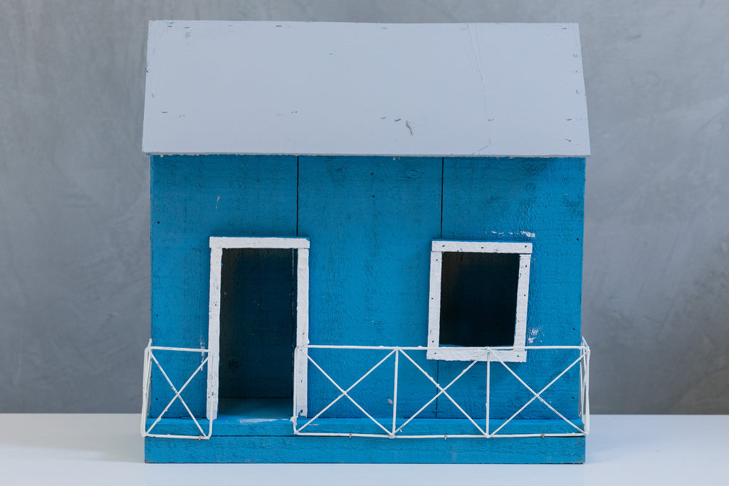 "11"" Lighted Wooden Jibaro House - Blue"