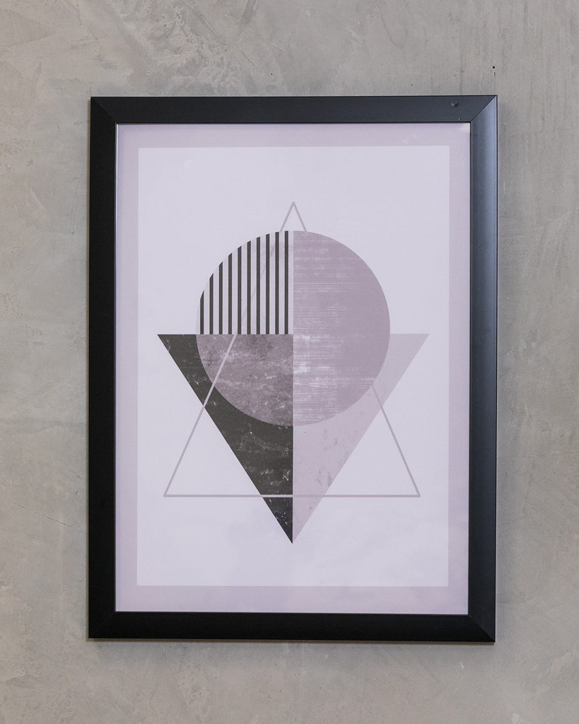 "18"" x 24"" Black & White Triangle - Geo Wall Décor"