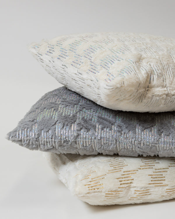 Rain Gray/Silver Pillow - Modéle Collection