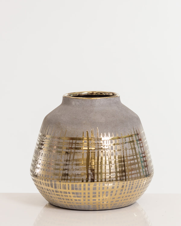 "9"" Gold Elegant Vase Pot- Shades Collection"