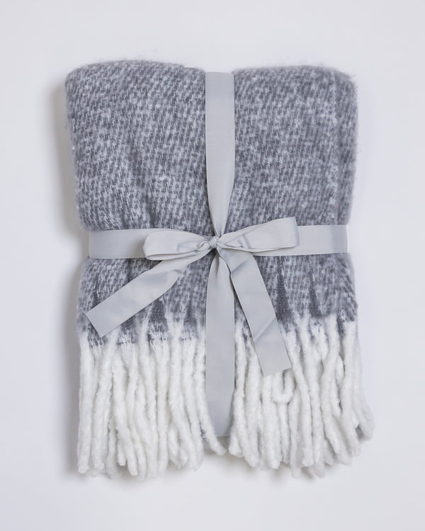 "50""x 60"" Fluffy Throw Blanket Gray/White"