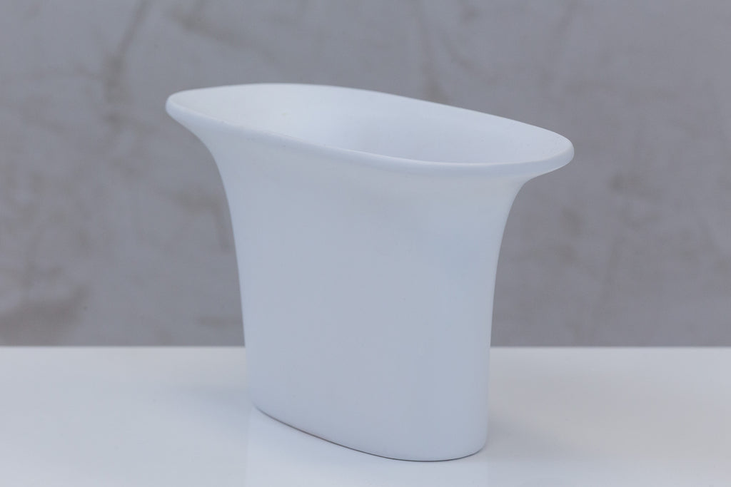 "6"" Flusso Oval Pot - Matt White - Casa Febus - Home • Design"