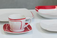 20pcs Moderne Dinner Set - Lignes
