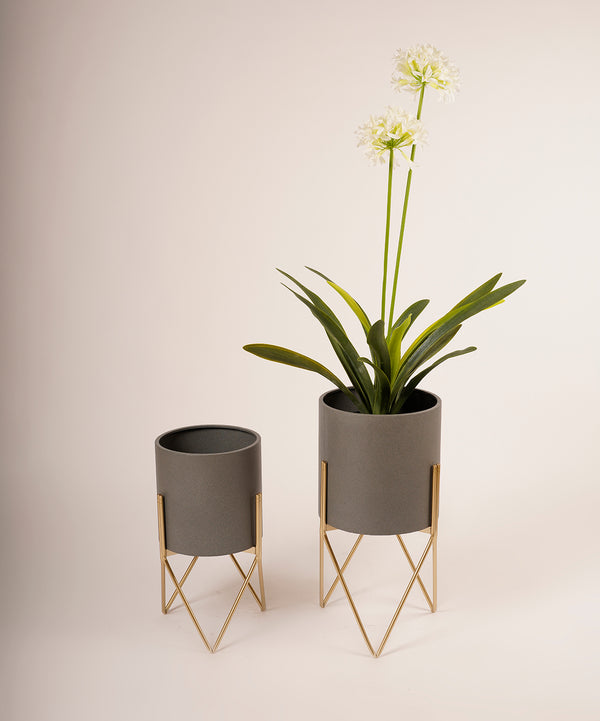 MetalIe Stylish  Planter