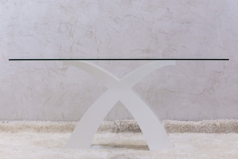 Chic Dinning Table - White