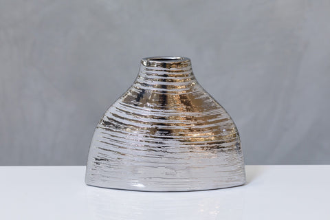 "10"" Metalle Triangular Vase"