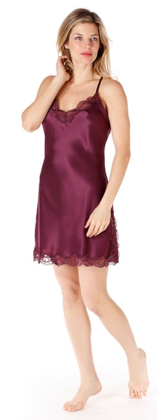 BURGONDY BUTTON BACK CHEMISE