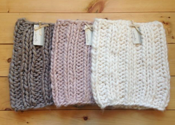 SEATLE PUFF SNOOD ( 3X COLOURS )