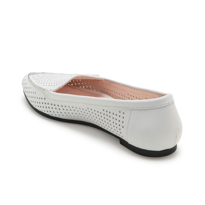 Aleeza White Leather -  Loafer - me too