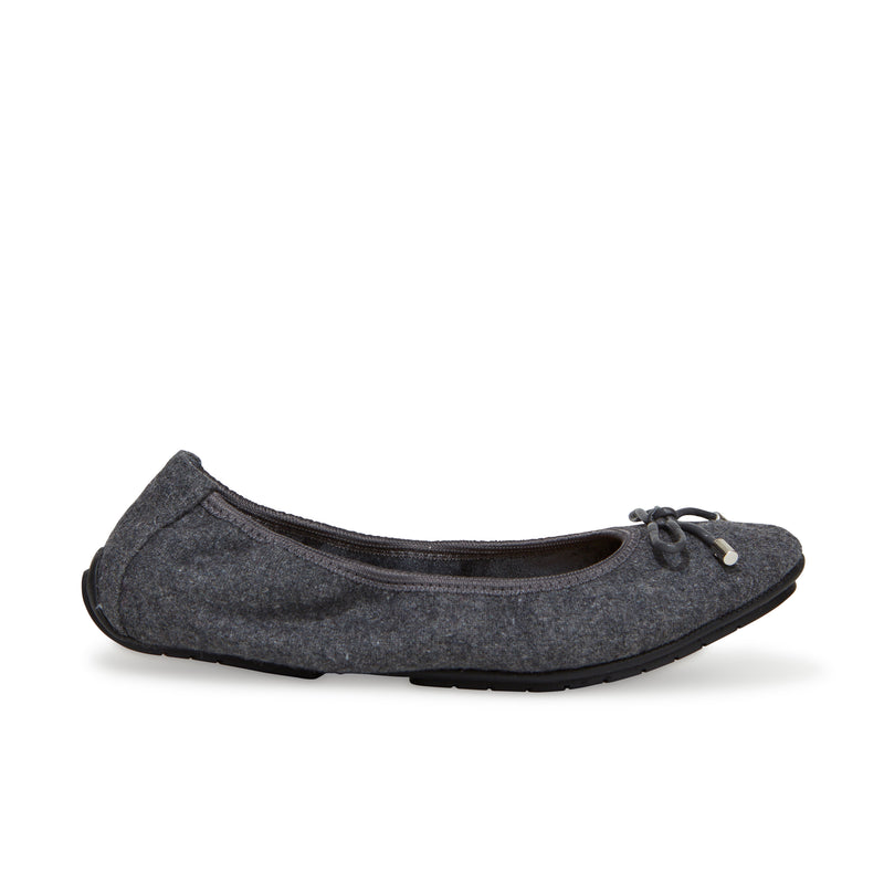 Halle2.0 Grey Flannel -  FLAT - ...me Too