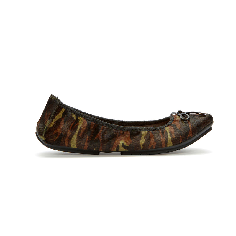 Halle2.0 Green Camo Haircalf -  Ballet Flats - me too