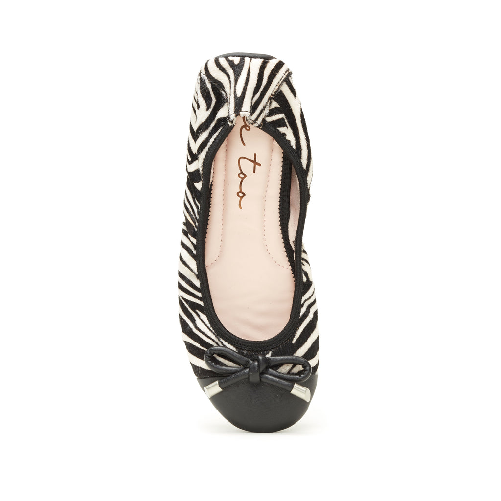 Lennox Zebra Haircalf -  FLAT - ...me Too