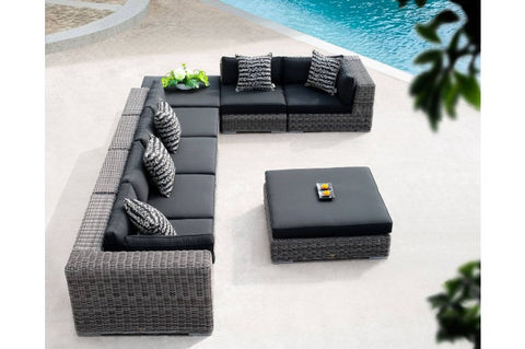 Martinique Sectional With Coffee Table
