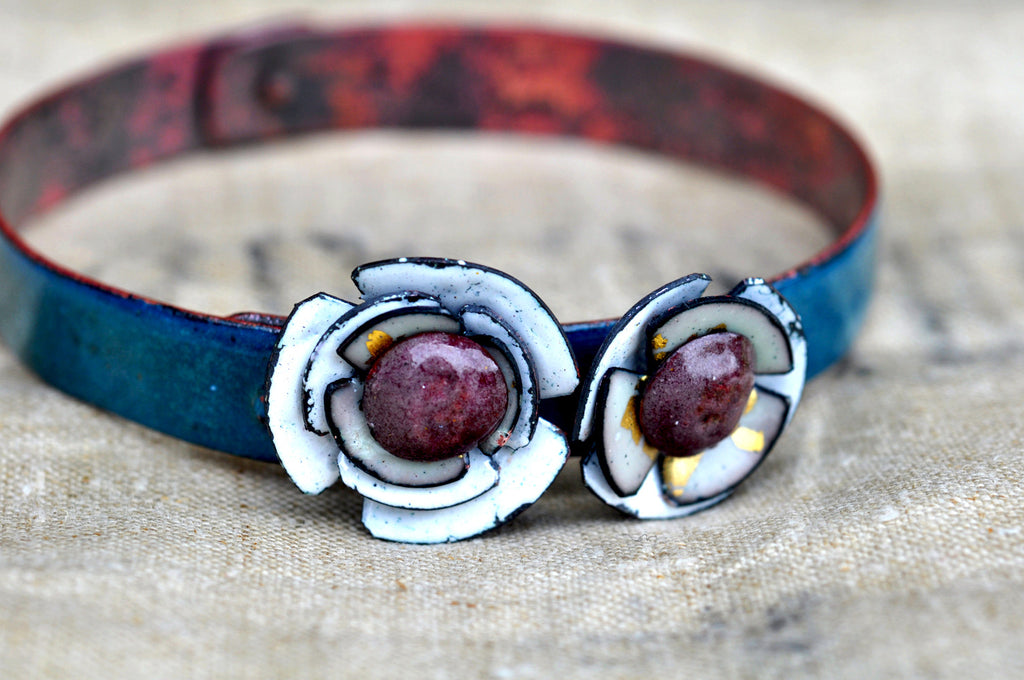 Mill End Bracelet - White 'Poppy'