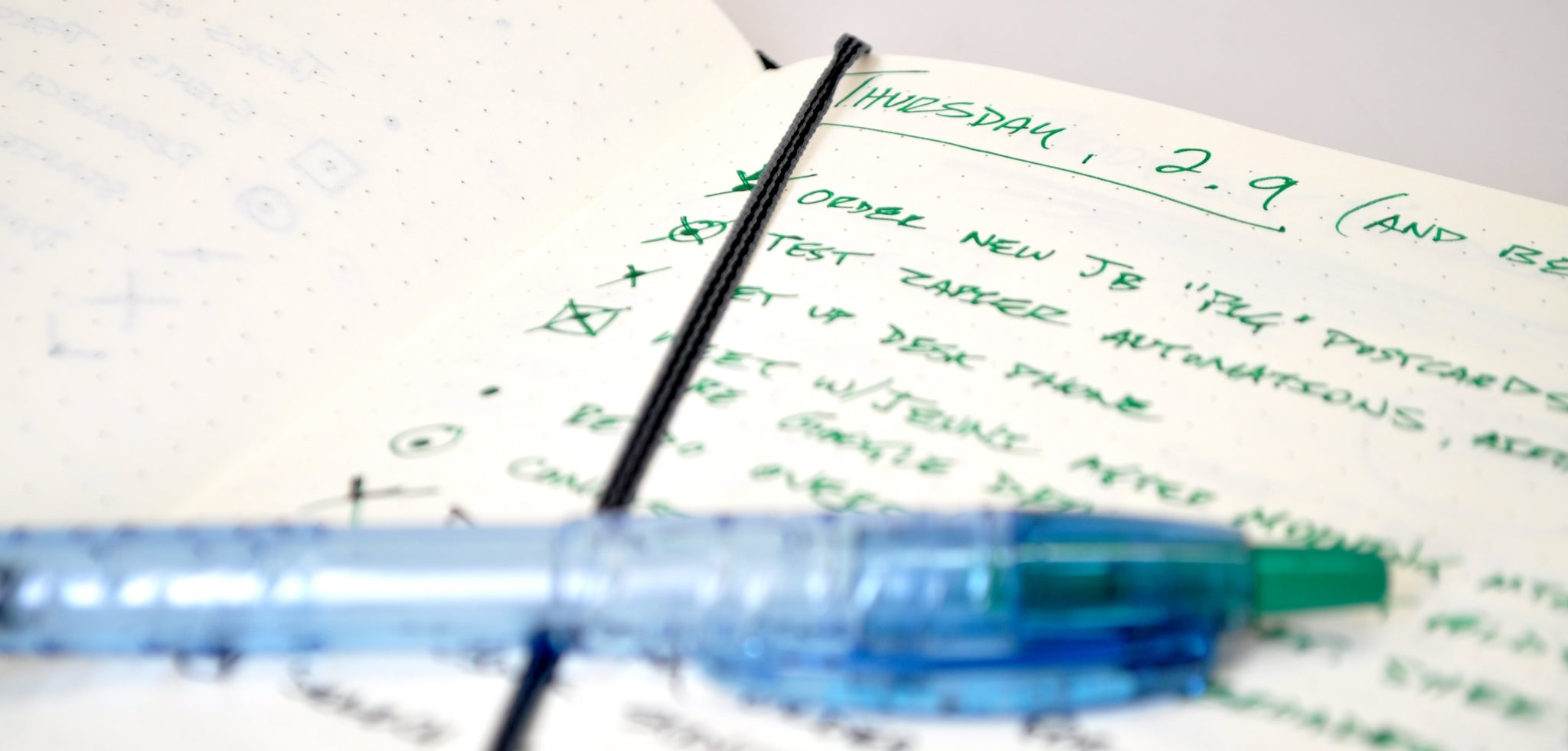 pocket-size journal daily to do list