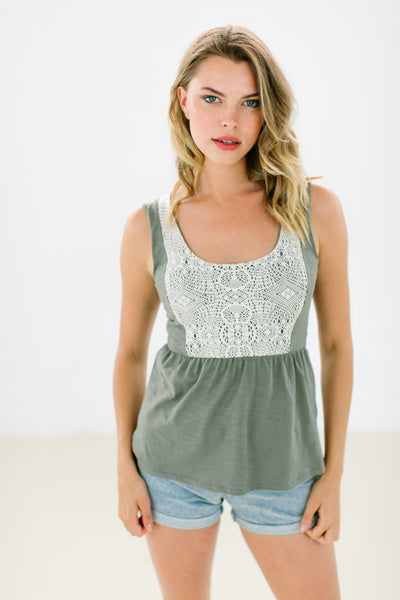 Top Frida Olive Lace