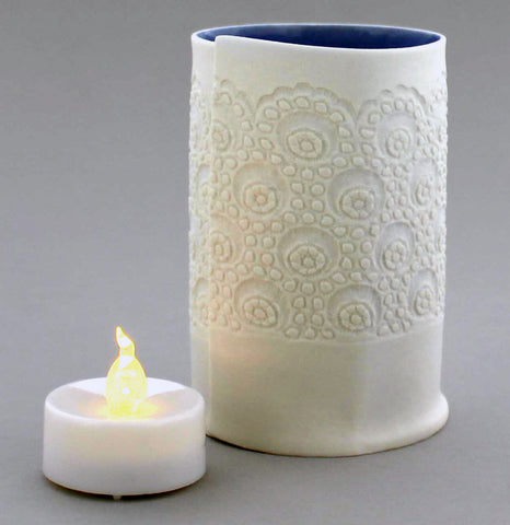 Porcelain Lace Tealight Holder (Medium)
