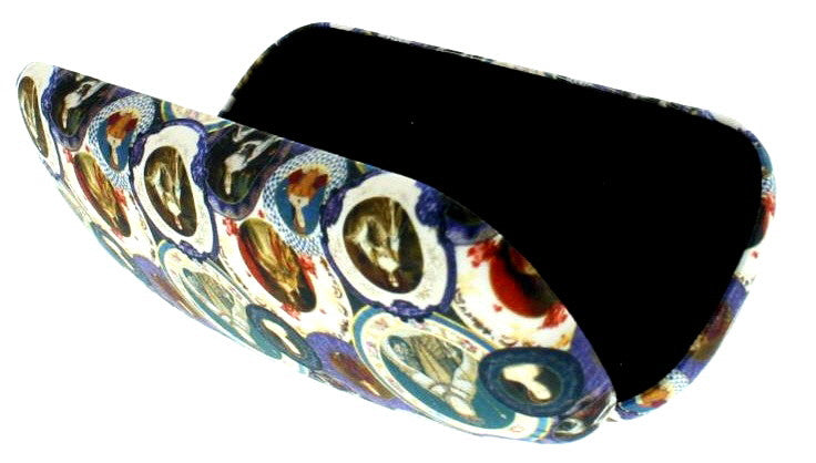 Queens of England Glasses Case