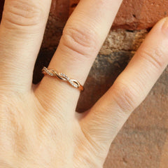 Entwined Band in Rose Gold