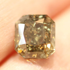 5.04 Yellow Green Radiant-Cut Recycled Diamond