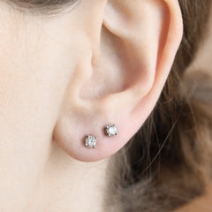 4 Prong Basket Studs with Post Consumer Diamonds