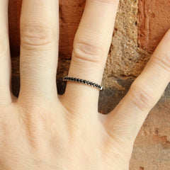 2 mm Black Spinel Stacker in Palladium White Gold